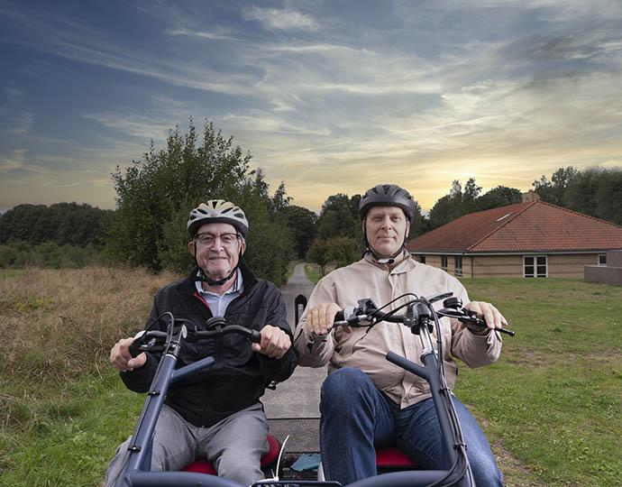 to på cykel aftentur
